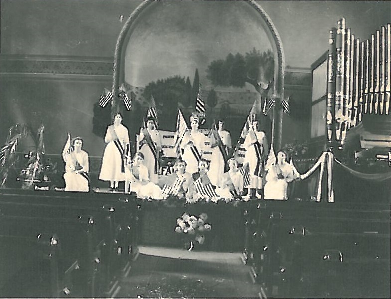CHildrensDay1919Flags